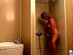Spy cam films an amazing blondie in the fitting room